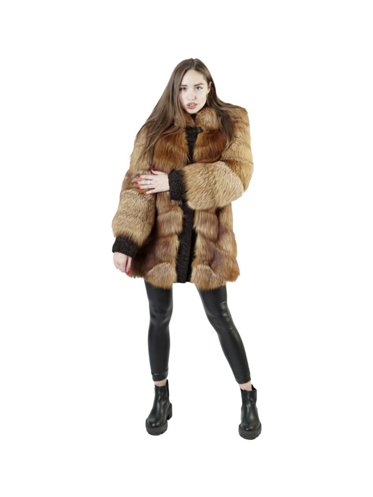 Шуба из меха лисы Меховая Мода 319